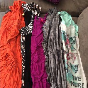 Women bundle shirts